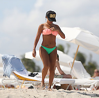 APRIL 28 2013.SEXY VIDA GUERRA IN MIAMI BEACHES UNDER FLORIDA SUN.Non Exclusive.Mandatory Credit: OHPIX.COM..Ref: OH_SOL ++<br /> ©/NortePhoto