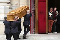 CEREMONIE RELIGIEUSE EN HOMMAGE A JEAN ROCHEFORT A L'EGLISE SAINT-THOMAS D'AQUIN DANS LE 7EME ARRONDISSEMENT DE PARIS, FRANCE, LE 13/10/2017.