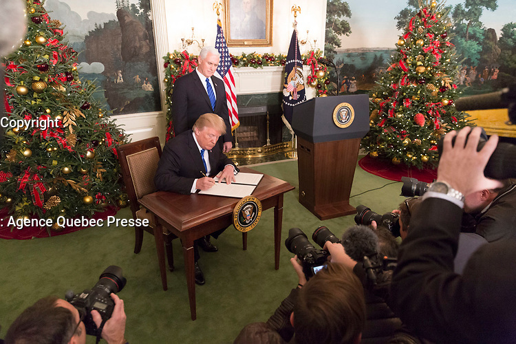 President Donald J. Trump delivers National Security Council Remarks Wednesday, December 6, 2017, in the Diplomatic Reception Room of the White House in Washington, D.C.(Official White House Photo by Shealah Craighead)