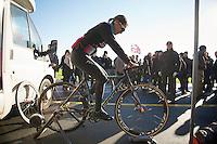 Gabby Day-Durrin (GBR) warming up<br /> <br /> Vlaamse Duinencross Koksijde 2013