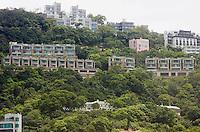 Luxury houses on Severn Road at the Peak, Hong Kong.<br /> 30 Jul 2009