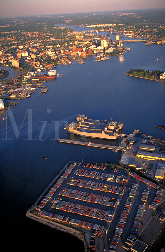 Aerial of Norfolk (left) and Portsmouth (right), VA. Port facilities on the Elizabeth River. Norfolk Virginia USA Tidewater Virginia.