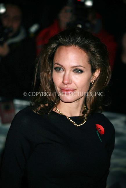 Angelina Jolie.Attends European premiere of Beowulf.Vue Cinema, London.Sunday 11th November 2007.TMK 1880.photographer Tracy Moreno-King.See Ferrari text