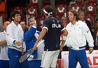 07-05-10, Tennis, Zoetermeer, Daviscup Nederland-Italie,    Danielle Braccali is congretulated bij his team after winning , Italy leads 2-0