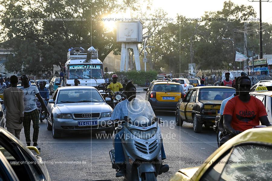 SENEGAL, Thies, downtown, traffic in rush hour / Stadtzentrum, Strassenverkehr