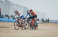 Evie Richards (GBR/Trek Factory Racing) racing next to the seashore<br /> <br /> UCI 2021 Cyclocross World Championships - Ostend, Belgium<br /> <br /> Women's Race<br /> <br /> ©kramon