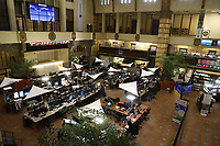 Amsterdam, Netherlands, Februari, 2018, Amsterdam Stock Exchange, AEX, The opening bell, (gong)<br /> Photo: Henk Koster