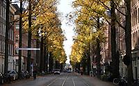 Nederland  Amsterdam  2020.   Herfst. Czaar Peterstraat.   Foto : ANP/ HH / Berlinda van Dam