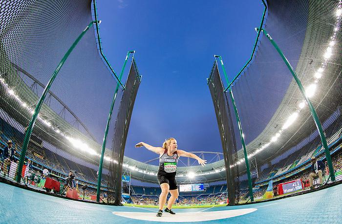 Jen Brown, Rio 2016 - Para Athletics // Para athlétisme.<br /> Jen Brown competes in the women's F38 discus final // Jen Brown participe à la finale féminine du disque F38. 17/09/2016.