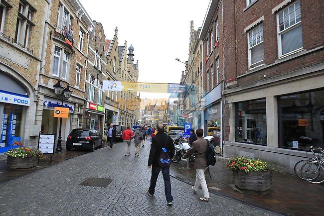 A wet start greets the Tour in Ypres for the cobbled stage Stage 5 of the 2014 Tour de France running 155.5km from Ypres to Arenberg. 9th July 2014.<br /> Picture: Eoin Clarke www.newsfile.ie
