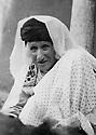 Iraq 1937.Suleimania: Selma Han, mother of Hafsa Han   .Irak 1937  .Souleimania: Selma Han, la mere de Hafsa Han