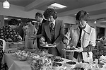 Didsbury Golf Club, near Manchester 1981. Middle England, Middle Class, Middle Age 1980s UK. Sunday buffet lunch.