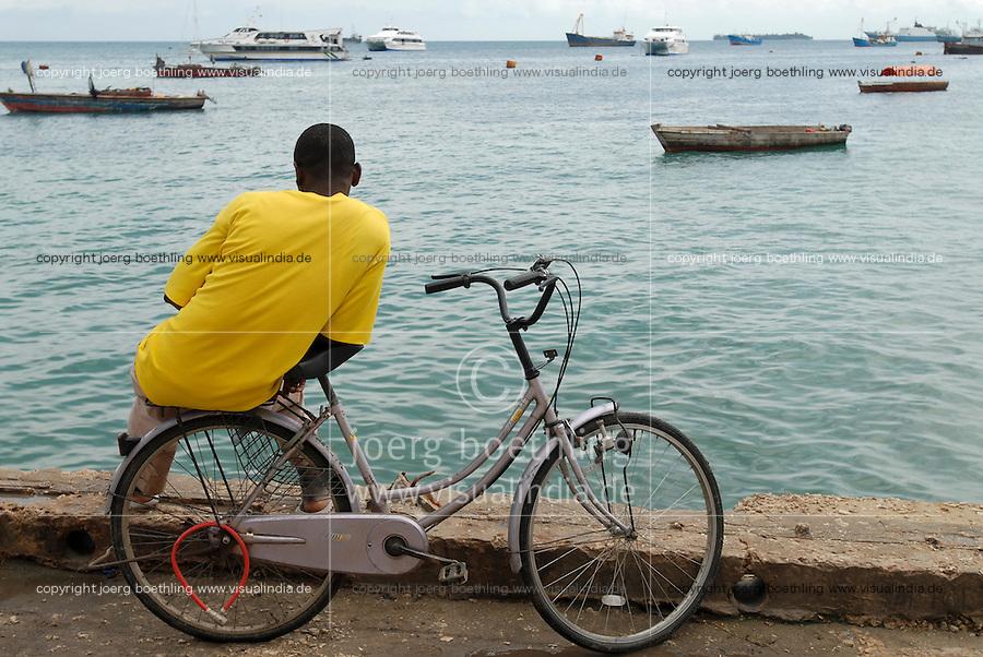 Tanzania, Zanzibar, harbour at Stonetown / Tansania, Sansibar, Stonetown, Hafen