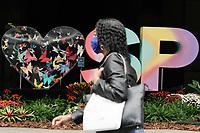 SÃO PAULO, SP, 23.09.2020: CLIMA-AV-PAULISTA-SP - Pedestres enfrentam clima frio na Avenida Paulista, região central de São Paulo, nesta manhã de quarta-feira, 23. Após uma madrugada fria e com garoa em pontos isolados, a manhã desta quarta-feira, 23, apresenta céu encoberto e lenta elevação da temperatura. De acordo com as estações meteorológicas automáticas do CGE da Prefeitura de São Paulo, a média da temperatura mínima aferida na madrugada foi de 13,6°C. A menor temperatura absoluta, 12,3°C, foi registrada em Parelheiros, no extremo da zona sul. (Foto: Fábio Vieira/FotoRua)