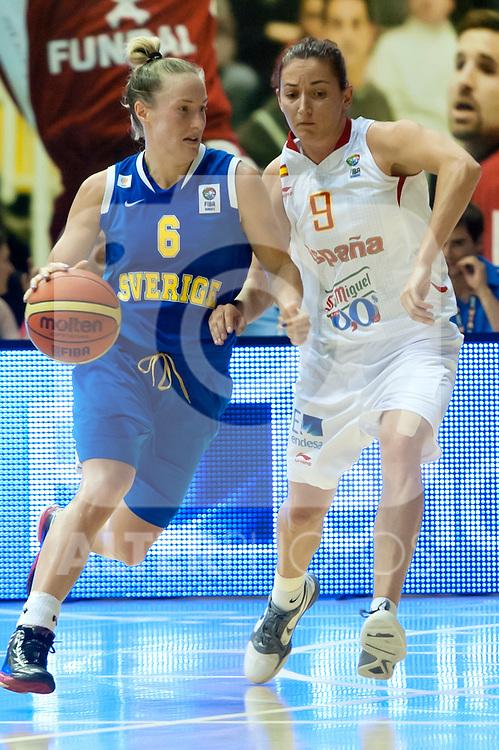Spanish team´s Laia Palau and Sweden team´s Frida Eldebrink during Euro Basket Women Spain vs Sweden