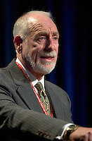 March 19 2003, Montreal, Quebec, Canada<br /> <br /> David Anderson,Canada's  Environment Minister,speak at the Oplening Plenary Session  of Americana ;  a 3 daysconference and  trade show on environment and waste management organized by Reseau Environnement, March 19, 2003 in Montreal, Canada.<br /> <br /> Mandatory Credit: Photo by Pierre Roussel- Images Distribution. (©) Copyright 2003 by Pierre Roussel <br /> <br /> NOTE : <br />  Nikon D-1 jpeg opened with Qimage icc profile, saved in Adobe 1998 RGB<br /> .Uncompressed  Original  size  file availble on request.