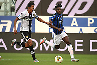 Bruno Alves of Parma and Duvan Zapata of Atalanta BC compete for the ball during the Serie A football match between Parma Calcio and Atalanta BC at Ennio Tardini stadium in Parma (Italy), July 28th, 2020. Play resumes behind closed doors following the outbreak of the coronavirus disease. Photo Andrea Staccioli / Insidefoto