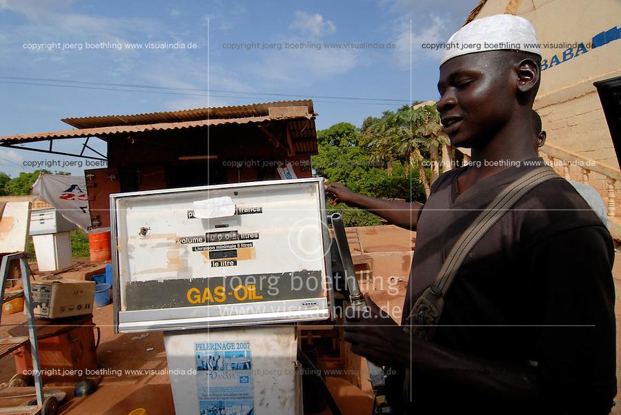 Mali Bamako, fuel station / MALI Bamako Tankstelle