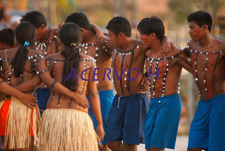 Xerentes dançam após  corrida de tora.<br /> <br /> Os Jogos dos Povos Indígenas (JPI) chegam a sua décima edição. Neste ano 2009, que acontecem entre os dias 31 de outubro e 07 de novembro. A data escolhida obedece ao calendário lunar indígena. com participação  cerca de 1300 indígenas, de aproximadamente 35 etnias, vindas de todas as regiões brasileiras. <br /> Paragominas , Pará, Brasil.<br /> Foto Paulo Santos<br /> 04/11/2009