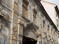 sanierungsbedürftiges Haus am Kollarovo nam., Bratislava, Bratislavsky kraj, Slowakei, Europa<br /> House in need of redevelopment at Kollarovo nam., Bratislava, Bratislavsky kraj, Slowakia, Europe