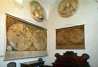 - Genoa, museum of Spinola Palace, hall with ancient maps....- Genova, museo di Palazzo Spinola, sala con mappe antiche