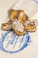 France, Aude (11),  Castelnaudary , Les alléluias de la Patisserie Belloc, Les alléluias sont des biscuits secs parfumés au cédrat //France, Aude, Castelnaudary,