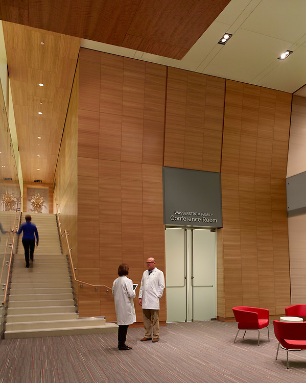 The James Cancer Hospital & Solove Research Institute at The Ohio State University Wexner Medical Center | HOK, Moody Nolan, Turner Construction