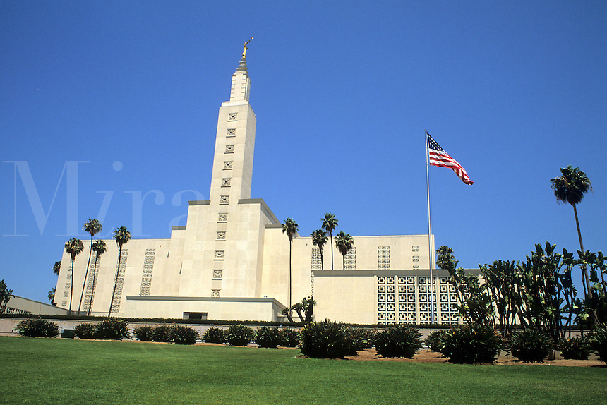 Tall and famous Mormon Temple in Los Angeles Californi