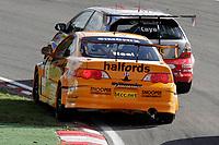 Round's 28 - 30 of the 2005 British Touring Car Championship. #5. Matt Neal (GBR). Team Halfords. Honda Integra Type R.
