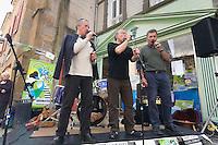 Chant sur le Pont Habite a Landerneau.Fest-Deiz Gouel Erwan