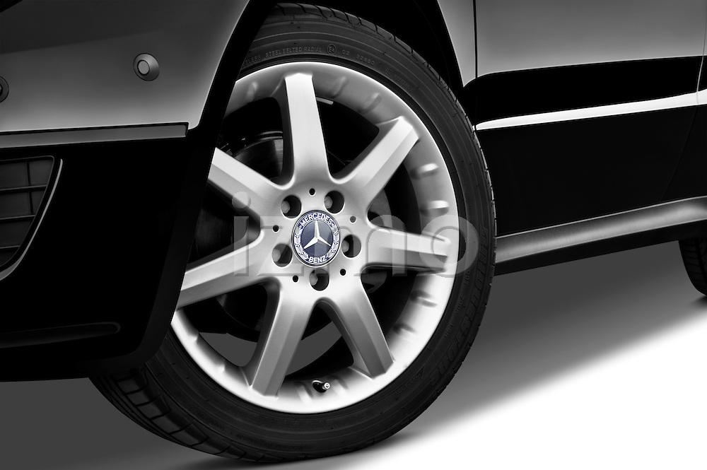 Tire and wheel close up detail view of a 2009 Mercedes A Class Blue Efficiency 3 Door Mini MPV