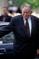 FILE -<br /> Jacques Parizeau<br /> au Funerailles de Maurice Richard, a la Basilique Notre-Dame,  le 31 mai 2000<br /> <br /> PHOTO  : Pierre Roussel - Agence Quebec Presse <br /> <br /> NOTE : Nouveau Scan
