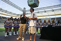 Frankfurt Galaxy General Manager Tilman Engel mit Stadionsprecher Steffen Popp