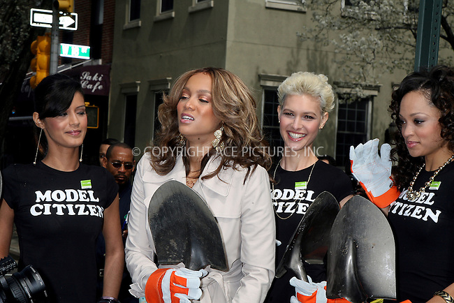 WWW.ACEPIXS.COM . . . . .  ....April 9 2008, New York City....Model and TV Personality Tyra Banks and some contestants from her show 'America's next top model joined Mayor Michael Bloomberg to plant a tree on Manhattan's Ninth Avenue. ....Please byline:PHILIP VAUGHAN - ACEPIXS.COM.... *** ***..Ace Pictures, Inc:  ..te: (646) 769 0430..e-mail: info@acepixs.com..web: http://www.acepixs.com