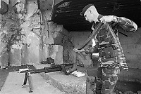 - US Army Rangers during an historical commemoration at point du Hoc in Normandy (June 1984)....- Rangers dell'US Army durante una rievocazione storica a point du Hoc in Normandia (giugno 1984)