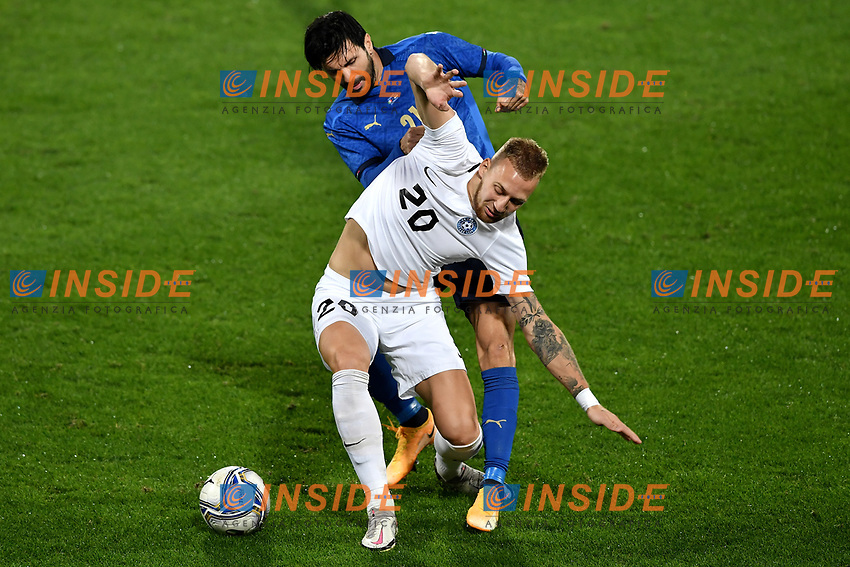 Mihkel Ainsalu of Estonia and Roberto Soriano of Italy compete for the ball during the friendly football match between Italy and Estonia at Artemio Franchi Stadium in Firenze (Italy), November, 11th 2020. Photo Andrea Staccioli/ Insidefoto