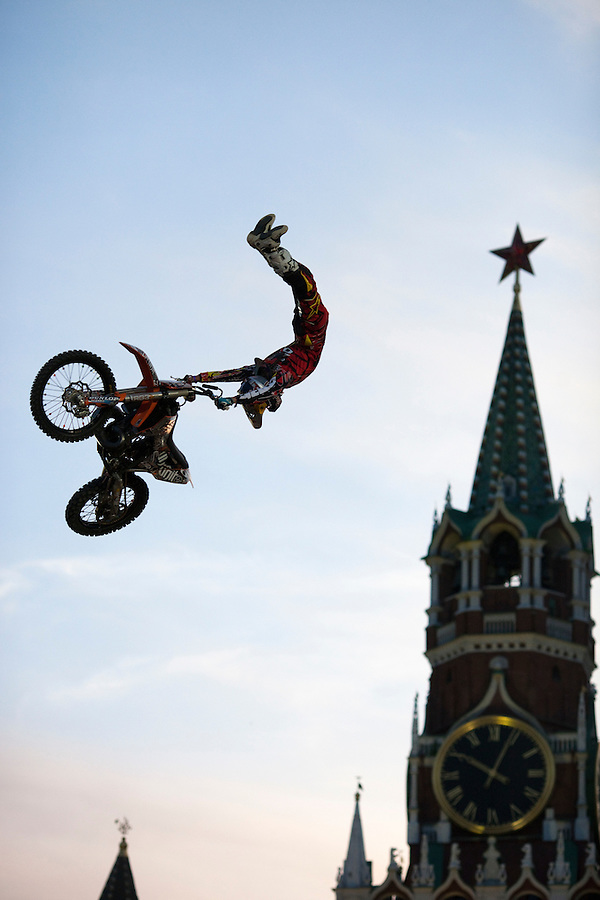 Moscow, Russia, 26/06/2010..Competitors in the Red Bull X-Fighters freestyle motocross world tour perform in front of 40,000 spectators on Vasilisky Spusk by the walls of the Kremlin and Red Square.