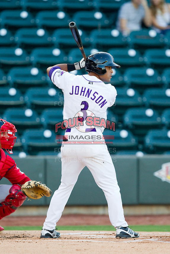 Micah Johnson (3) of the Winston-Salem Dash at bat against the Salem Red Sox at BB&T Ballpark on August 15, 2013 in Winston-Salem, North Carolina.  The Red Sox defeated the Dash 2-1.  (Brian Westerholt/Four Seam Images)