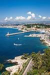 France, Provence-Alpes-Côte d'Azur, Nice: at foreground Port Lympia   Frankreich, Provence-Alpes-Côte d'Azur, Nizza: im Vordergrund der Hafen Port Lympia