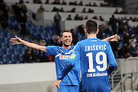 Vedad Ibisevic (Hoffenheim) erzielt das 2:1 und jubelt mit Sejad Salihovic
