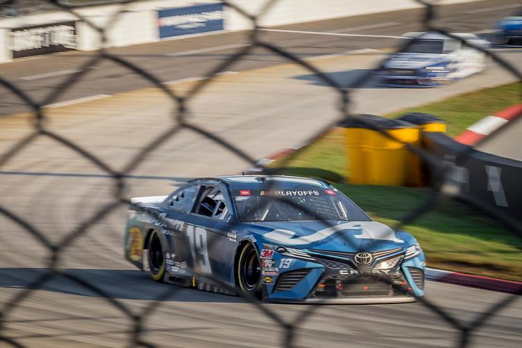 #19: Martin Truex Jr., Joe Gibbs Racing, Toyota Camry Auto-Owners Insurance