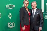 04.02.2019, Dorint Park Hotel Bremen, Bremen, GER, 1.FBL, 120 Jahre SV Werder Bremen - Gala-Dinner<br /> <br /> im Bild<br />  Peter Eilers mit Gattin Sabine ( Ehrenrat Werder Bremen)<br /> <br /> Der Fussballverein SV Werder Bremen feiert am heutigen 04. Februar 2019 sein 120-jähriges Bestehen. Im Park Hotel Bremen findet anläßlich des Jubiläums ein Galadinner statt. <br /> <br /> Foto © nordphoto / Ewert