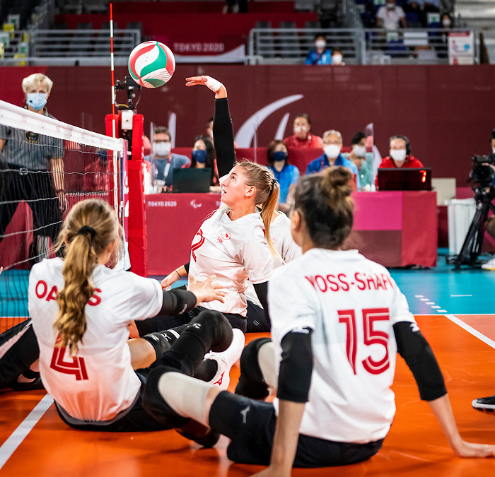 Julie Kozun, Tokyo 2020 - Sitting Volleyball // Volleyball Assis.<br /> Canada takes on Japan in sitting volleyball // Le Canada affronte le Japon en volleyball assis. 09/01/2021.