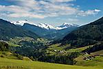Austria, Tyrol, Innsbruck Holiday Village Ellboegen: view into Wipp Valley | Oesterreich, Tirol, Innsbrucks Feriendoerfer: Blick von Ellboegen ins Wipptal