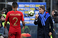 Roberto Mancini coach of Italy throws the ball during the Nations League League A group 3 football match between Italy and Portugal at stadio Giuseppe Meazza, Milano, November, 17, 2018 <br />  Foto Andrea Staccioli / Insidefoto
