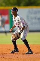 Second baseman Alonzo Harris #16 of the Kingsport Mets on defense versus the Burlington Royals at Burlington Athletic Park July 3, 2009 in Burlington, North Carolina. (Photo by Brian Westerholt / Four Seam Images)