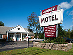USA, Neuengland, Junge's Motel in North Conway, 04.09.2010<br /> <br /> <br /> Engl.: USA, New England, North Conway, Junge's Motel, accommodation, sign, 04 September 2010