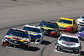 Monster Energy NASCAR Cup Series<br /> TicketGuardian 500<br /> ISM Raceway, Phoenix, AZ USA<br /> Sunday 11 March 2018<br /> Kyle Busch, Joe Gibbs Racing, Toyota Camry Skittles Sweet Heat Kevin Harvick, Stewart-Haas Racing, Ford Fusion Jimmy John's<br /> World Copyright: Matthew T. Thacker<br /> NKP / LAT Images