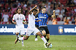 Bayern Munich Forward Kingsley Coman (L) fights for the ball with FC Internazionale Midfielder Roberto Gagliardini (R) during the International Champions Cup match between FC Bayern and FC Internazionale at National Stadium on July 27, 2017 in Singapore. Photo by Weixiang Lim / Power Sport Images