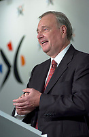 Sept 18, 2003, Montreal, Quebec, Canada.<br /> <br /> Paul Martin, future  Leader of Canada Liberal Party speak in front of the Montreal Board of Trade, September 18, 2003 <br /> <br /> Actua lParty Leader and Prime Minister of Canada ; Jean Chretien and will be replaced by former Minister and Finances Paul Martin,  in January 2004 or before.<br /> <br /> Mandatory Credit: Photo by Pierre Roussel- Images Distribution. (©) Copyright 2003 by Pierre Roussel